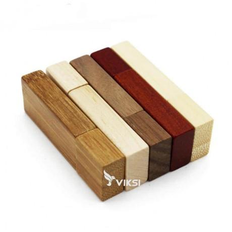 Флешка деревянная Jaster