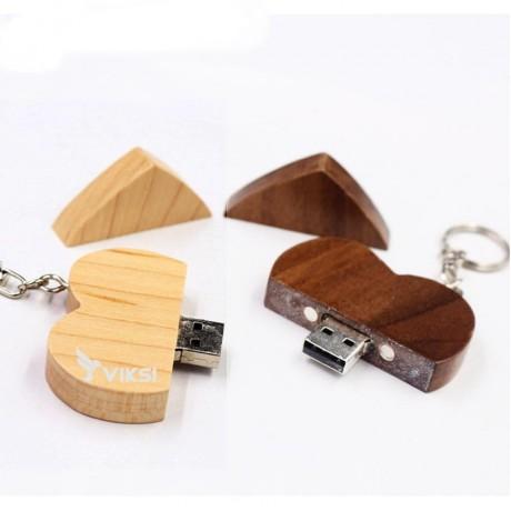 Флешка деревянная LOVE