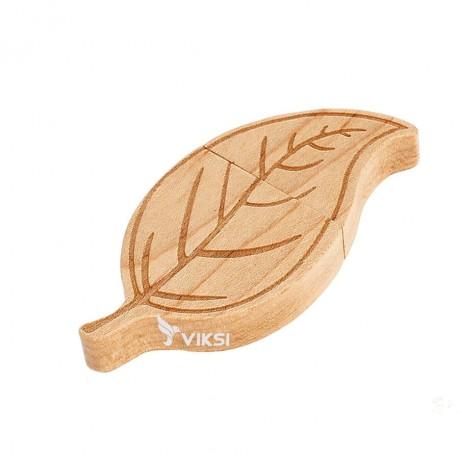 Флешка деревянная Leaf