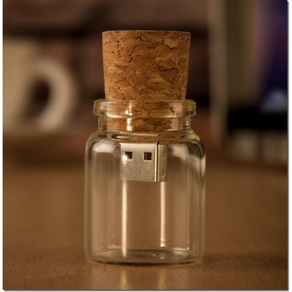 Флешка в форме бутылочки Bottle