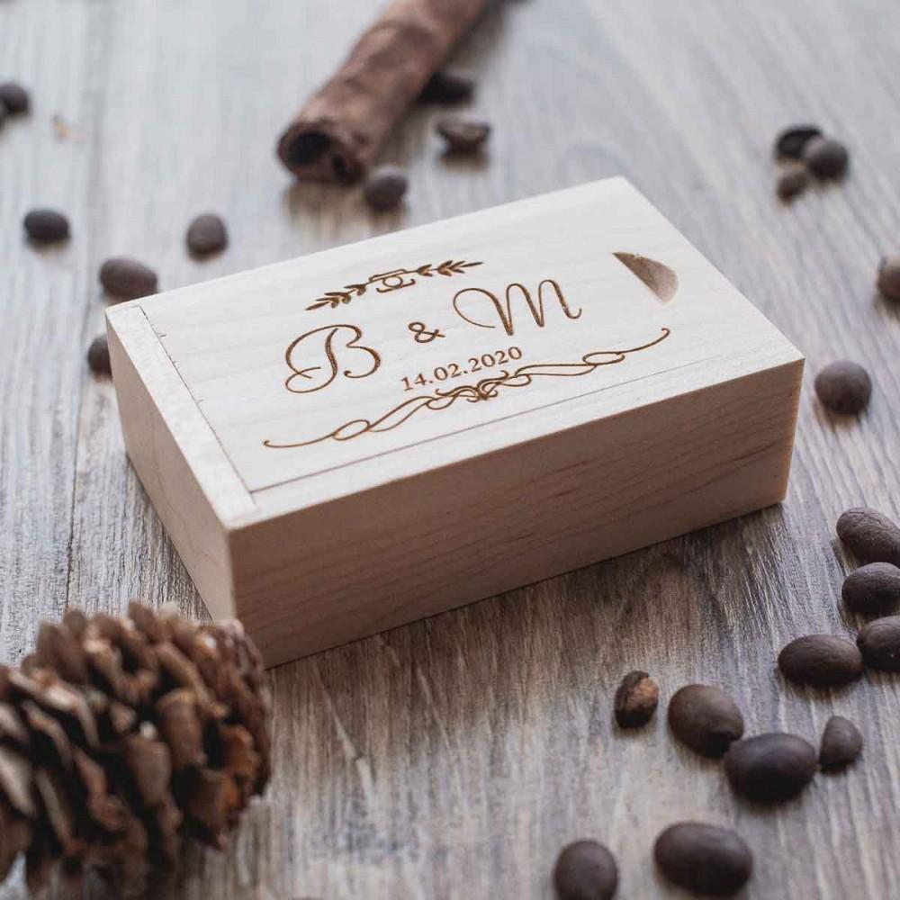 Коробочка деревянная Universal